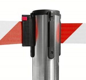 colonnina-segna-percorso-acciaio-spazzolato-base-piatta-nastro-rosso-3-metri-ultra-pesante-15-kg-1